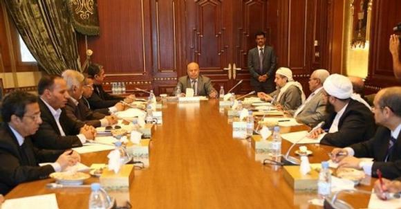 تنفيذي عدن اليمنية يؤيد بيان الرئيس ومستشاريه - المواطن