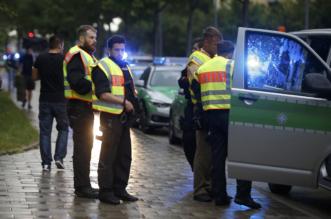 السفارة السعودية تؤمن خروج آخر عائلة سعودية من موقع #هجوم_ميونيخ - المواطن