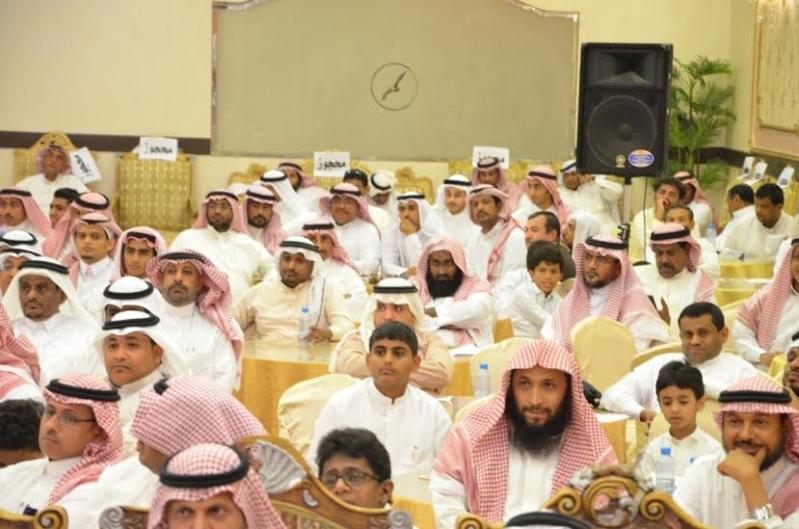 هدية الزوجة والأبناء لـ4 معلمين متقاعدين في أبو عريش3