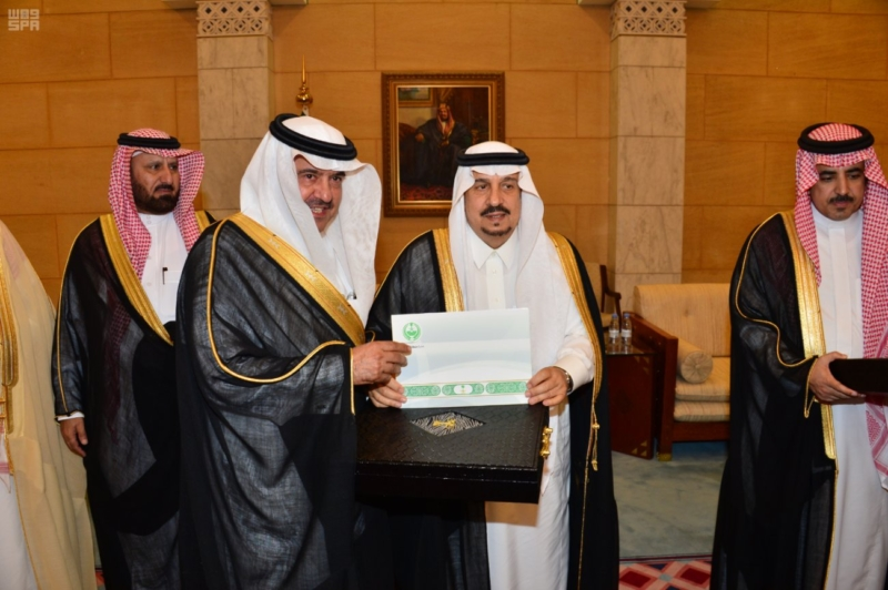 هذا ما قاله فيصل بن بندر بن عبدالعزيز للمتقاعدين أثناء تكريمهم