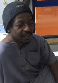 """بالفيديو ..""""هوساوي"""" محتجز في مستشفى منذ 8 أشهر !! - المواطن"""