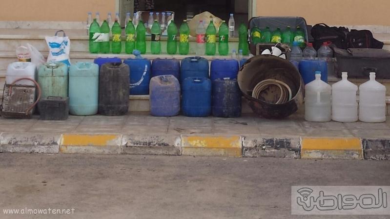 هيئة رفحاء تضبط مروج ومصنعي خمر غرب المحافظة5