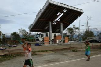 «هيما» يخلف 12 قتيلاً في الفلبين ويتجه إلى هونج كونج - المواطن