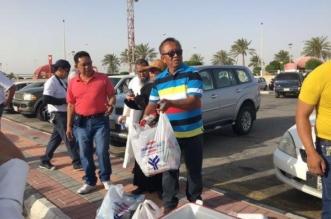 صور متداولة.. وافدون ينظفون جزيرة المرجان وكورنيش الدمام - المواطن