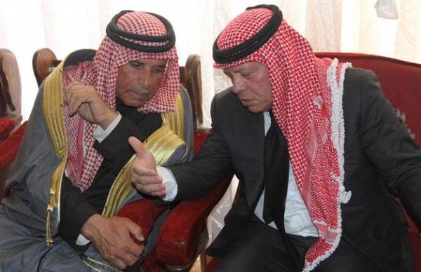 والد الكساسبة: الملك أبلغني أن 30 طائرة أردنية أغارت على داعش - المواطن