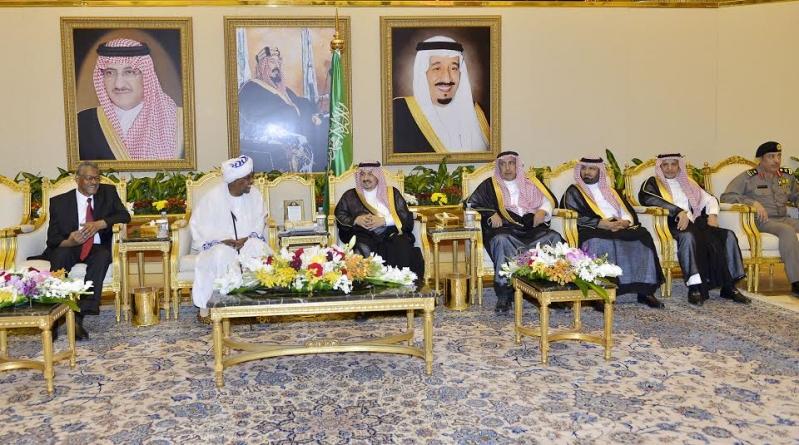 والي ولاية الخرطوم يصل الرياض4
