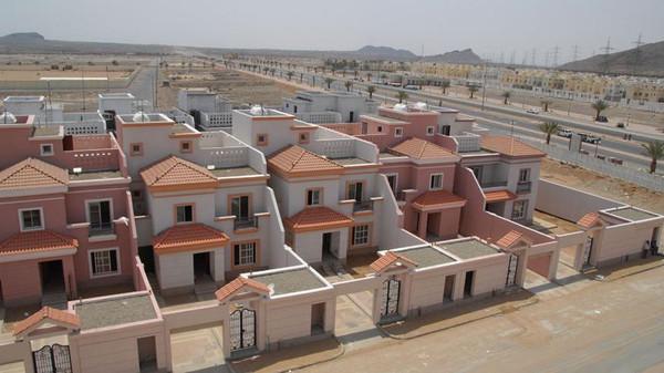 تسليم 42 وحدة سكنية للمستفيدين من الإسكان التنموي في محايل - المواطن