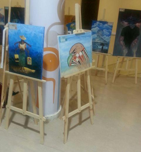 ورشة رسم وتصوير لتأهيل الطالبات في المنافسات الدولية (2)