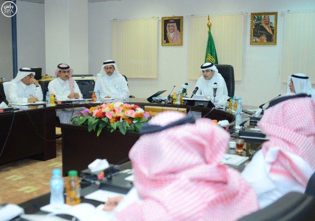 وزيرالثقافة-يلتقي-رؤساء-تحريرالصحف (1)