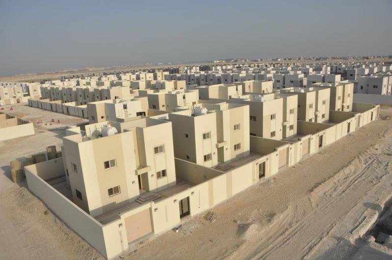 وزير الإسكان يتفقد مشاريع الشرقية ويؤكد قرب تسليمها للمستحقين 4