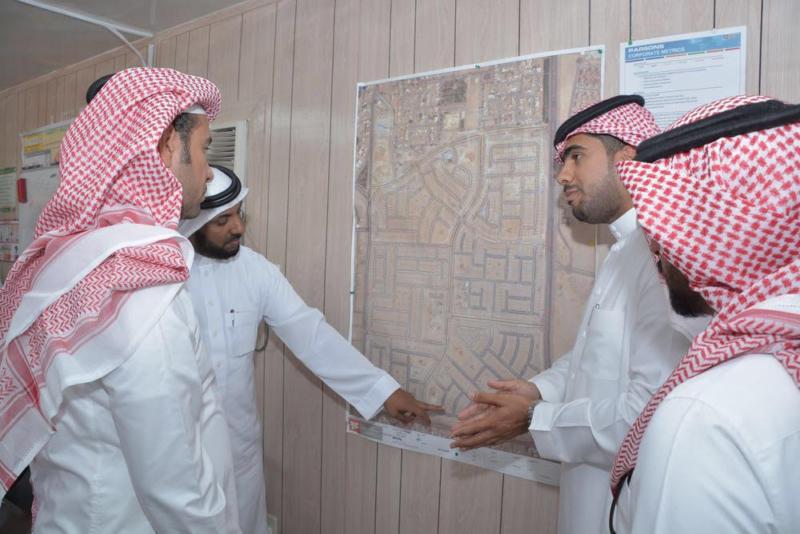 وزير الإسكان يتفقد مشاريع الشرقية ويؤكد قرب تسليمها للمستحقين 6