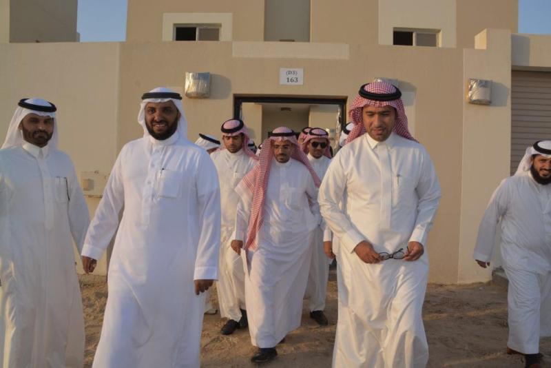 وزير الإسكان يتفقد مشاريع الشرقية ويؤكد قرب تسليمها للمستحقين