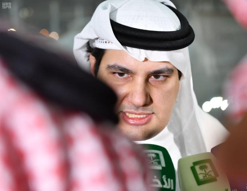 وزير الاعلام الطريفي يتفقد مقر الوزارة في منى 9