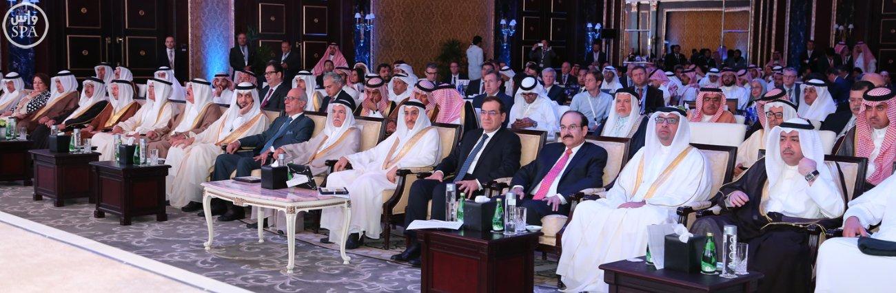 وزير البترول الوطن العربي من أهم مناطق العالم في معادلة الإنتاج، والإستهلاك العالمي من البترول (1)