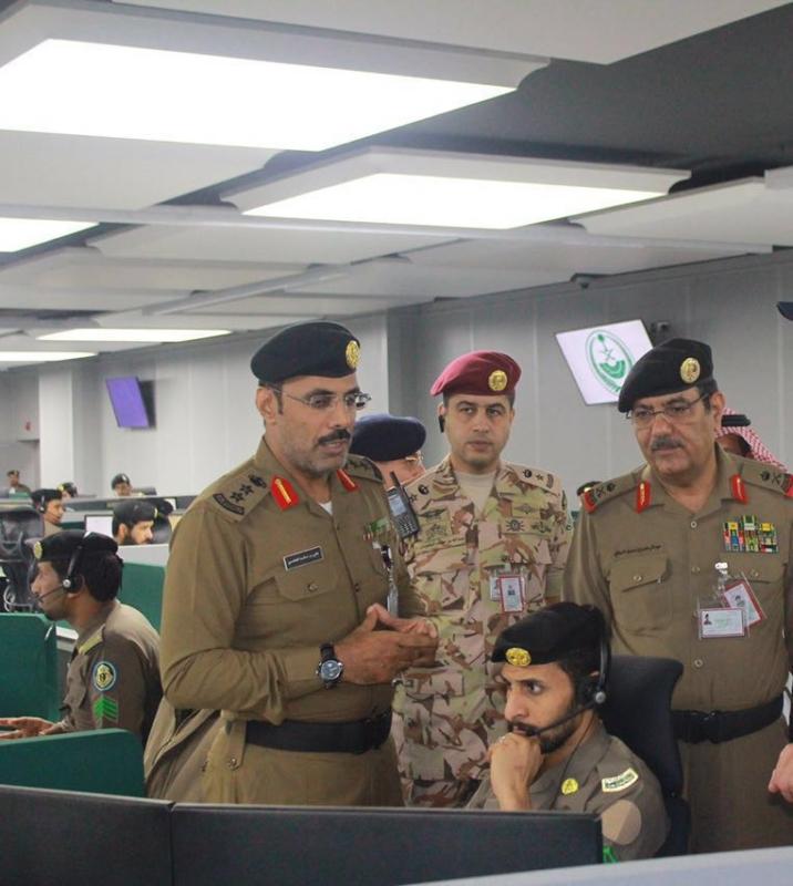 وزير البلديات يشيد بتقنيات مركز العمليات 911 (171238876) 