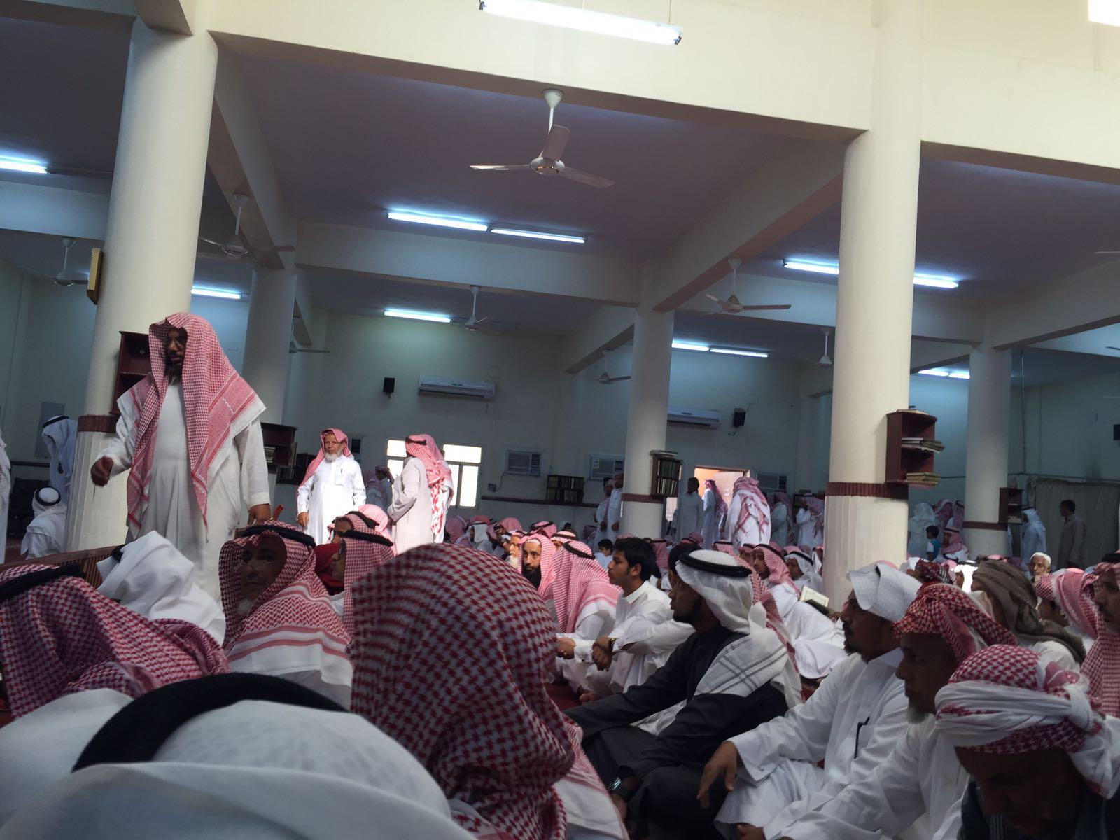 وزير التعليم يشارك بتشييع جثامين ضحيا تعليم الدائر (7)