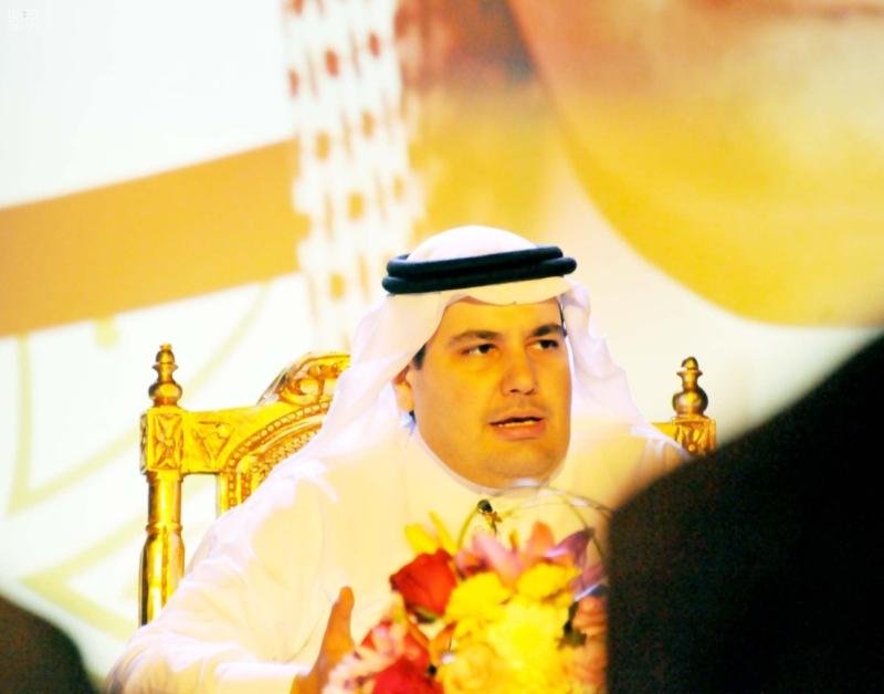 وزير الثقافة والإعلام يزور فرع جمعية الثقافة والفنون بالدمام 1