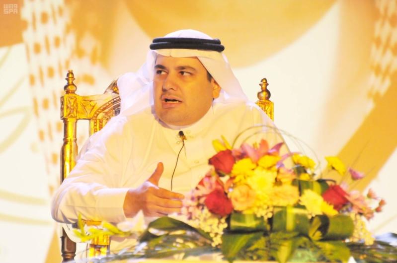 وزير الثقافة والإعلام يزور فرع جمعية الثقافة والفنون بالدمام