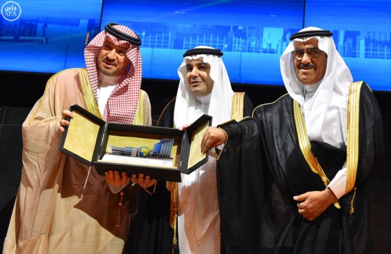 وزير الثقافة والإعلام يُدشّن المبنى الجديد (34669065) 