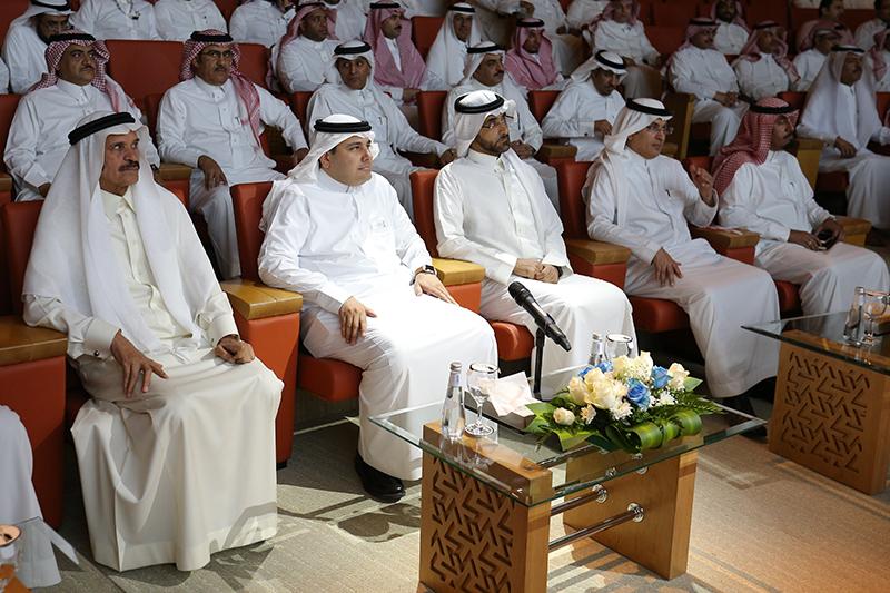 وزير الثقافة والاعلام يدشن الخدمات الالكترونية (276362011)  
