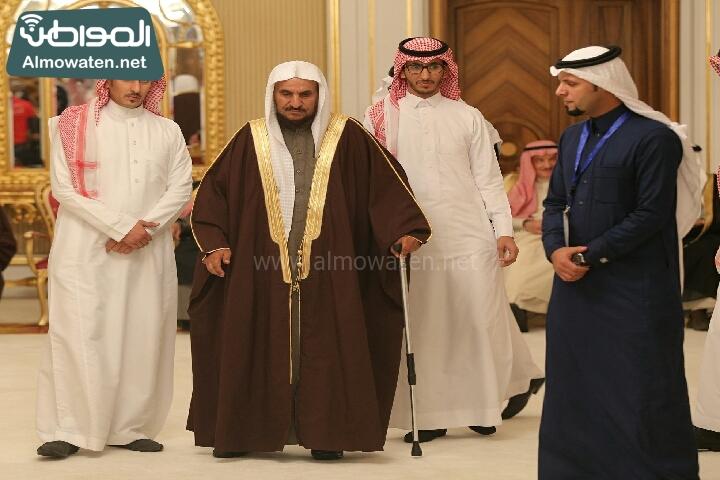 وزير الثقافة والاعلام يرعى حفل الادباء السعوديين (138791227)  
