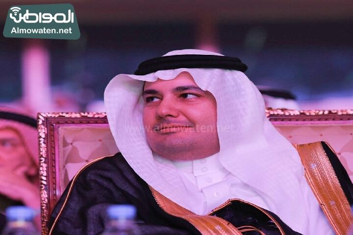 وزير الثقافة والاعلام يرعى حفل الادباء السعوديين (138791238)  