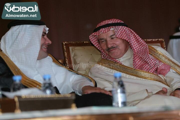 وزير الثقافة والاعلام يرعى حفل الادباء السعوديين (138791246)  