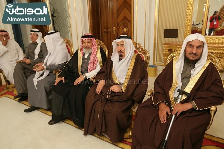 وزير الثقافة والاعلام يرعى حفل الادباء السعوديين (138791253)  