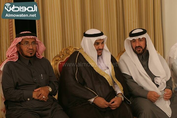 وزير الثقافة والاعلام يرعى حفل الادباء السعوديين (138791260)  