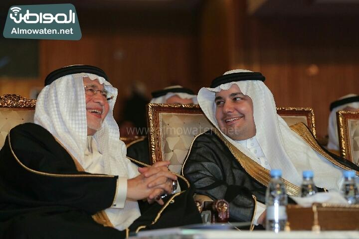 وزير الثقافة والاعلام يرعى حفل الادباء السعوديين (138791262)  