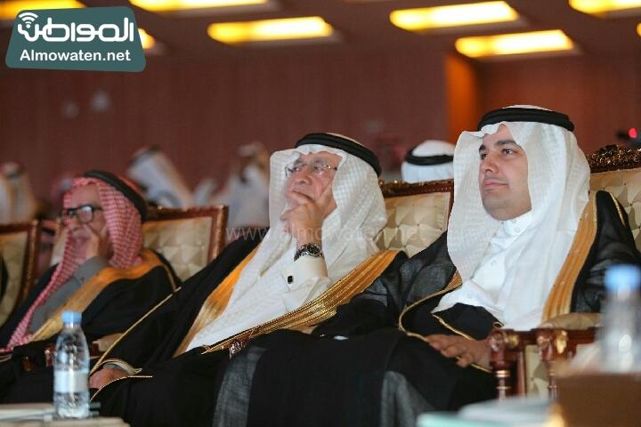 وزير الثقافة والاعلام يرعى حفل الادباء السعوديين (138791264)  