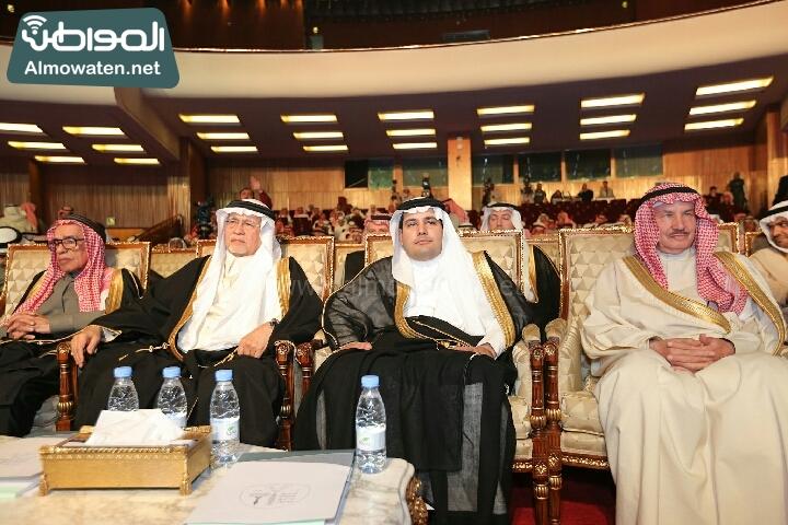 وزير الثقافة والاعلام يرعى حفل الادباء السعوديين (138791266)  