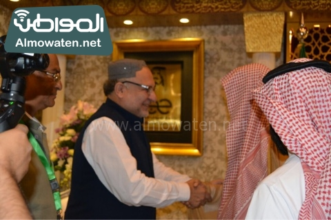 وزير الحج يلتقي ضيوف خاد م الحرمين (4)