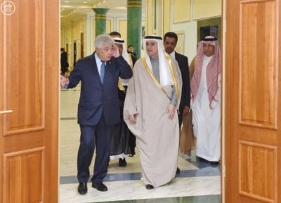 وزير الخارجية عادل الجبير مع وزير خارجية كازاخستان.jpg0