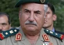 وزير الدفاع السوري السابق علي حبيب فرّ إلى تركيا.