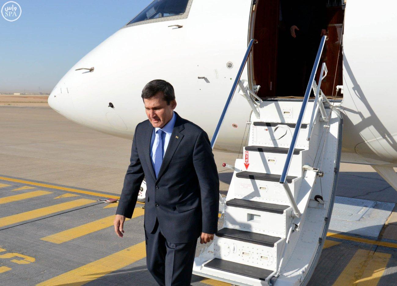 وزير الدولة للشؤون الخارجية نزار بن عبيد مدني يستقبل  وزير خارجية تركمانستان رشيد ميريدوف (3)