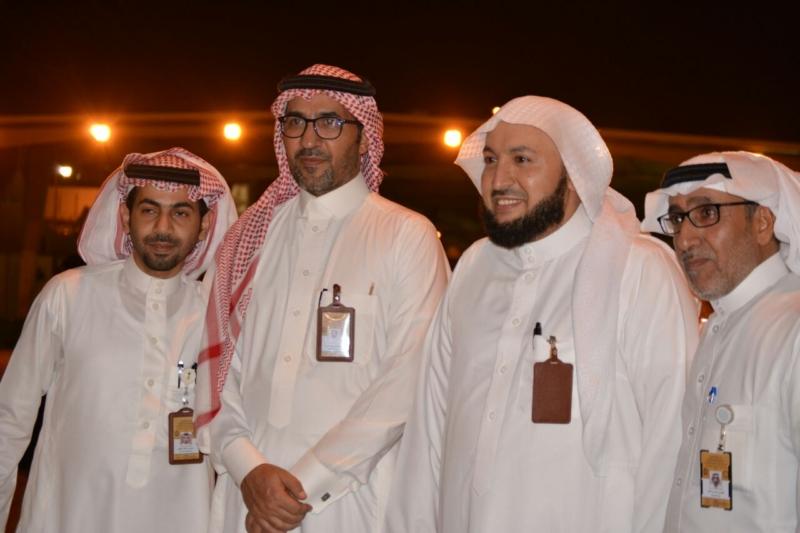 وزير الشون الاسلامية  (289085530) 