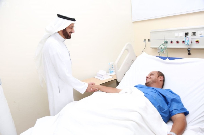وزير الصحة يدشن (3)