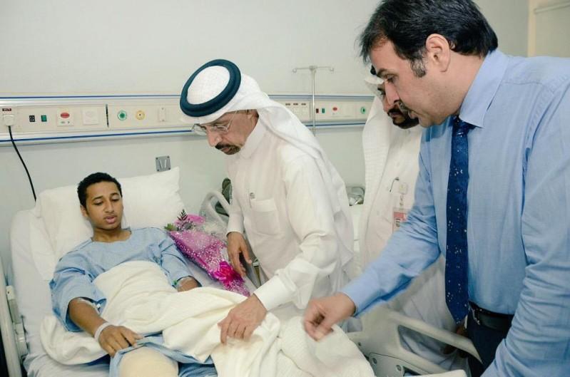 وزير الصحة يزور المصابين 5