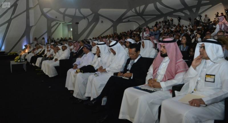 وزير الطاقة والصناعة والثروة المعدنية نطمح أن يتصدى مركز الملك عبد الله للبحوث البترولية للتحديات العالمية التي تواجه قطاع الطاقة
