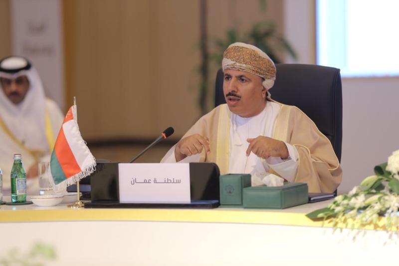 وزير القوى العاملة في سلطنة عمان معالي الشيخ عبدالله البكري