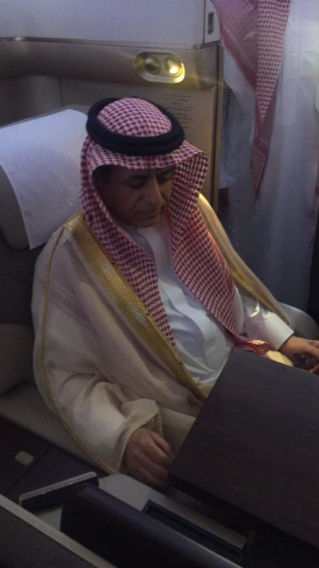 وزير النقل يتفقد طائرة بوينج B777-300 3