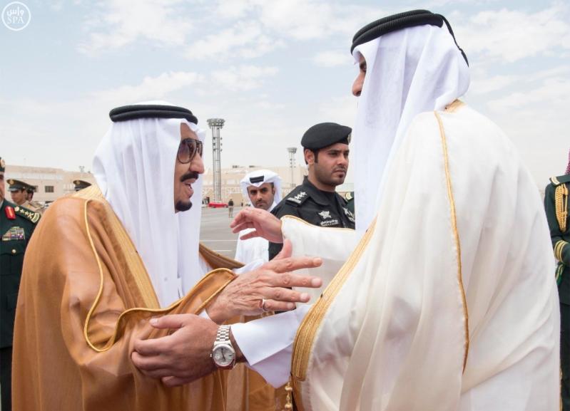 وصول أمير قطر