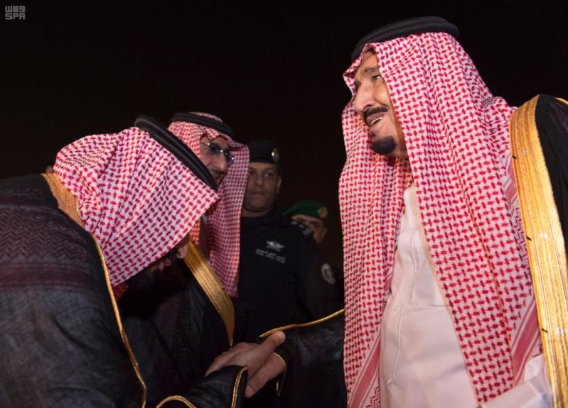 وصول الملك الى الرياض2