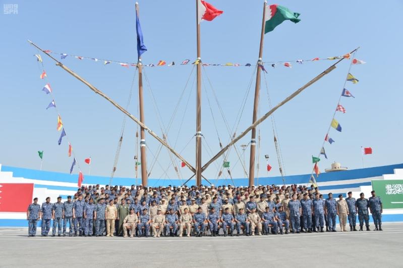 وصول سفن القوات البحرية السعودية وقوات الأمن البحرية الخاصة إلى ميناء قاعدة سلمان
