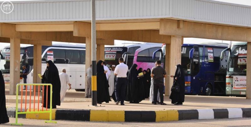 وصول 129 حاج ضمن الفوج الأول من الحجاج العراقيين عبر منفذ جديدة عرعر 6