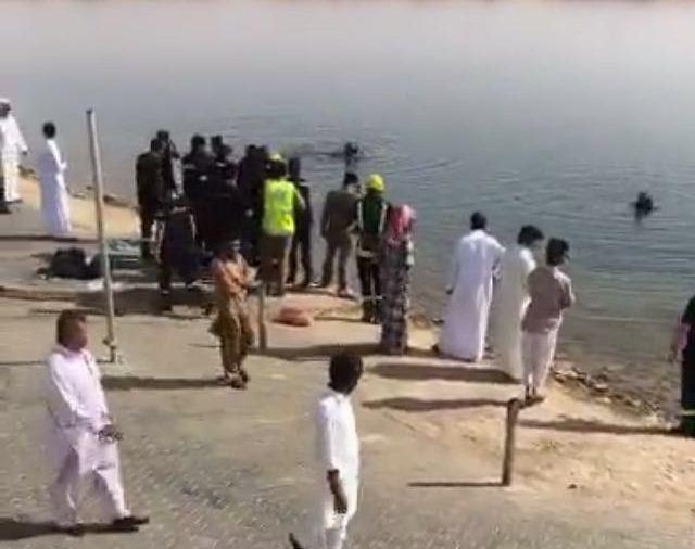 وفاة شابين غرقا في بحيرة دومة الجندل بالجوف  (2)