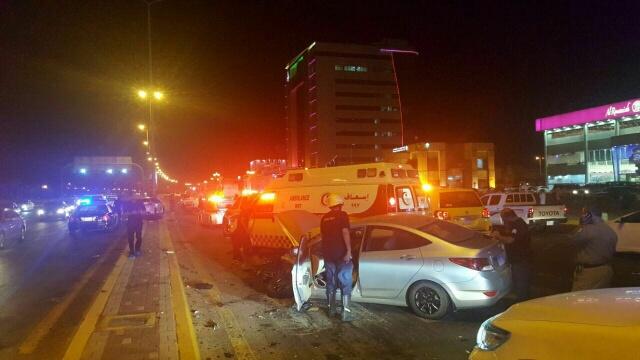 وفاة شخصين وإصابة اثنين في حادث سير (654023405) 