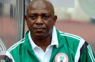 """وفاة مدرب منتخب نيجريا السابق ستيفن كيشي بـ""""سكتة قلبية"""" - المواطن"""