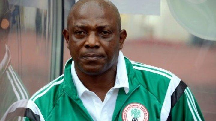 وفاة مدرب منتخب نيجريا السابق ستيفن كيشي